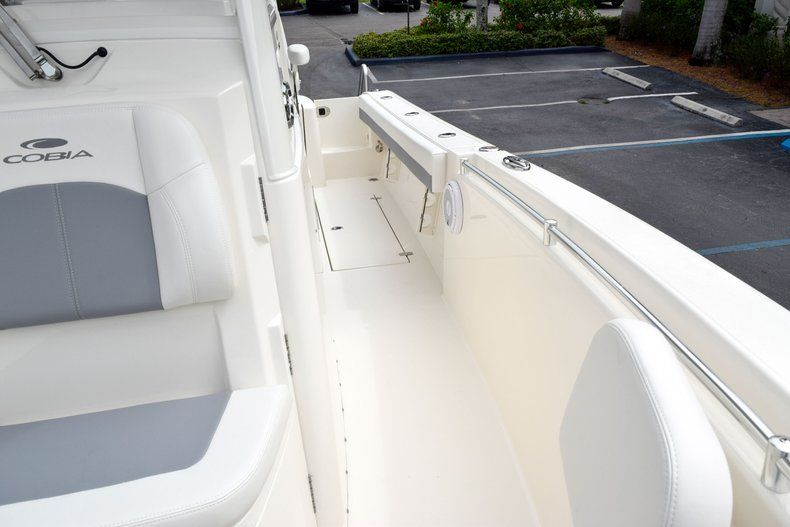 Thumbnail 90 for New 2019 Cobia 262 Center Console boat for sale in Fort Lauderdale, FL
