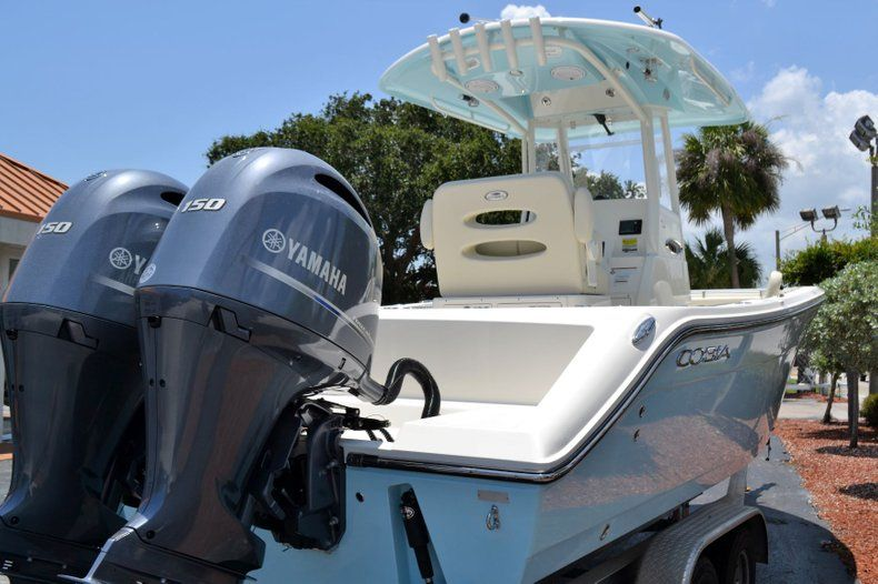 Thumbnail 5 for New 2019 Cobia 240 CC Center Console boat for sale in Vero Beach, FL