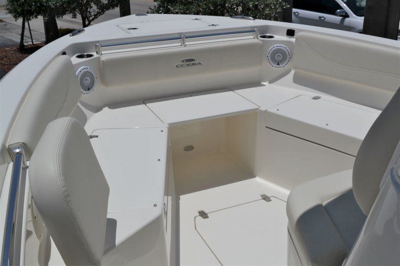 Thumbnail 14 for New 2019 Cobia 240 CC Center Console boat for sale in Vero Beach, FL