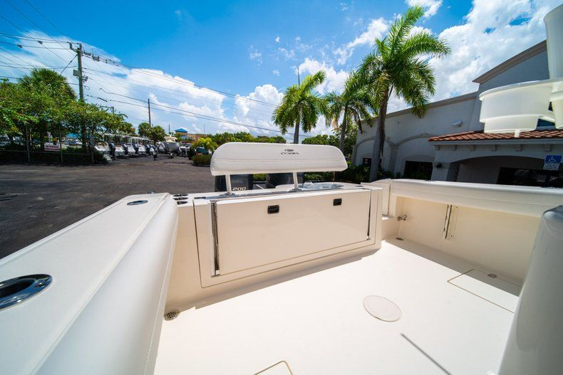 Thumbnail 13 for New 2020 Cobia 280 CC Center Console boat for sale in West Palm Beach, FL
