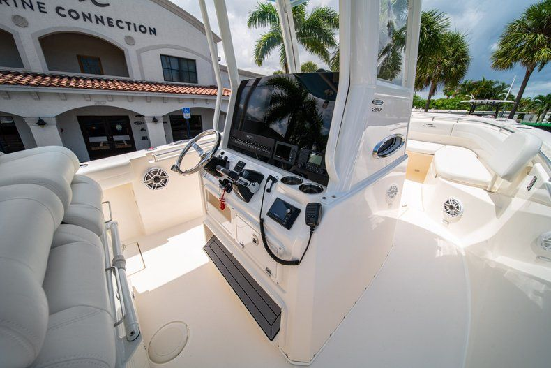 Thumbnail 21 for New 2020 Cobia 280 CC Center Console boat for sale in West Palm Beach, FL