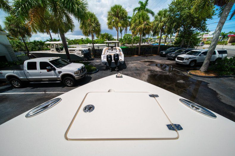 Thumbnail 34 for New 2020 Cobia 280 CC Center Console boat for sale in West Palm Beach, FL