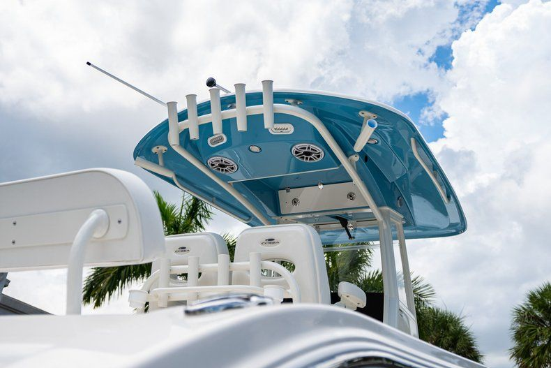 Thumbnail 8 for New 2020 Cobia 280 CC Center Console boat for sale in West Palm Beach, FL