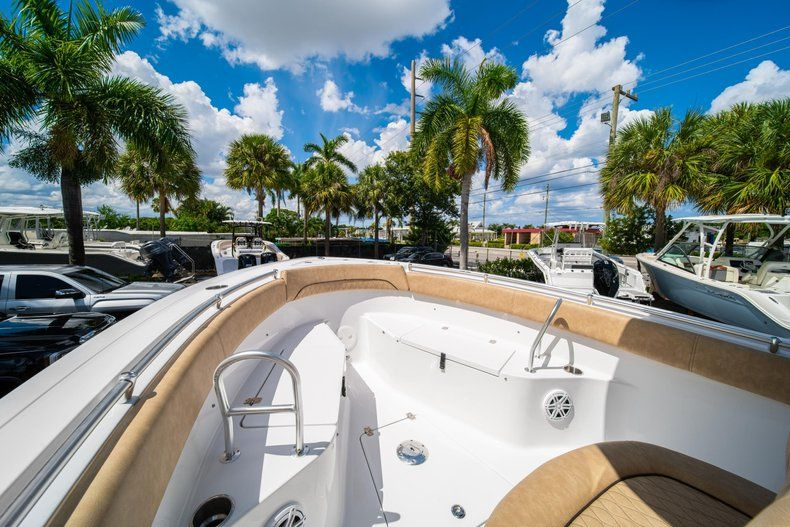 Thumbnail 41 for New 2020 Sportsman Open 252 Center Console boat for sale in Miami, FL