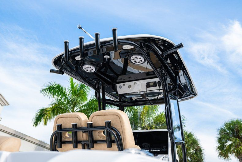 Thumbnail 8 for New 2020 Sportsman Open 252 Center Console boat for sale in Miami, FL