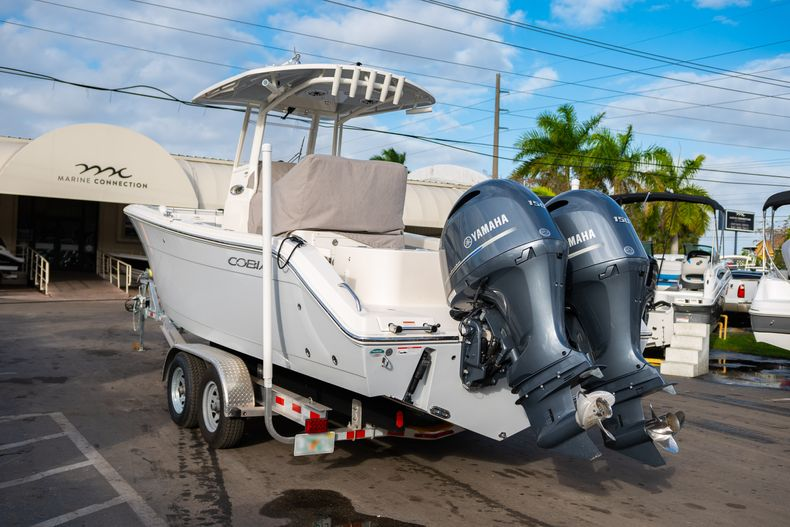 Thumbnail 4 for Used 2020 Cobia 262 CC Center Console boat for sale in West Palm Beach, FL
