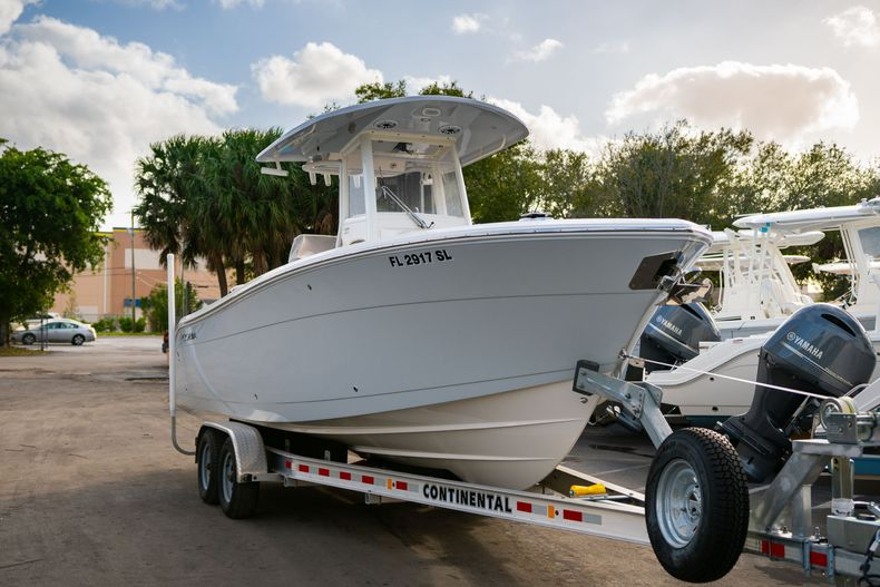 Thumbnail 1 for Used 2020 Cobia 262 CC Center Console boat for sale in West Palm Beach, FL