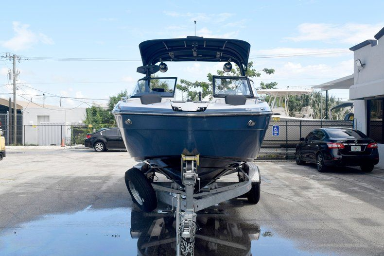 Image 2 for 2018 Yamaha 242 LIMITED S E-SERIES in Fort Lauderdale, FL