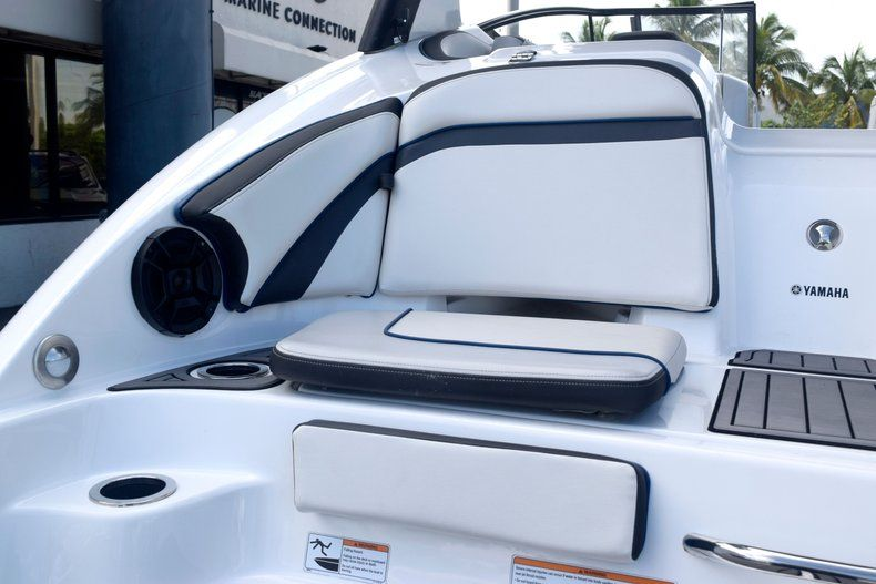 Image 9 for 2018 Yamaha 242 LIMITED S E-SERIES in Fort Lauderdale, FL