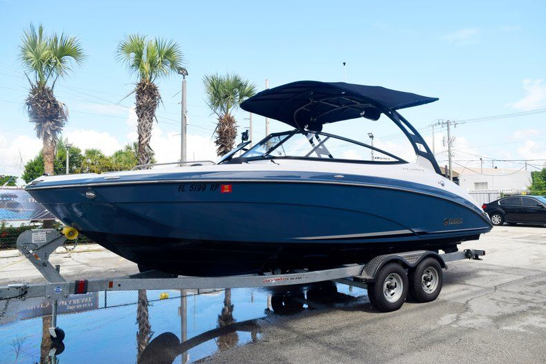 Image 1 for 2018 Yamaha 242 LIMITED S E-SERIES in Fort Lauderdale, FL
