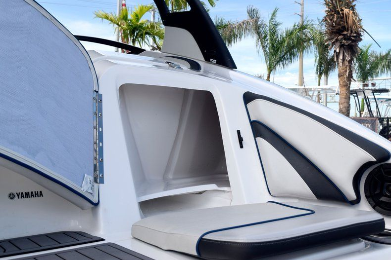 Image 18 for 2018 Yamaha 242 LIMITED S E-SERIES in Fort Lauderdale, FL