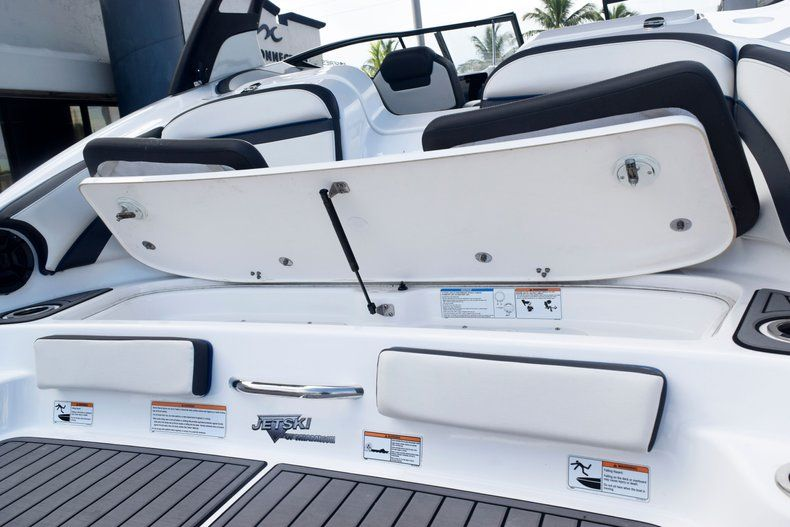 Image 15 for 2018 Yamaha 242 LIMITED S E-SERIES in Fort Lauderdale, FL