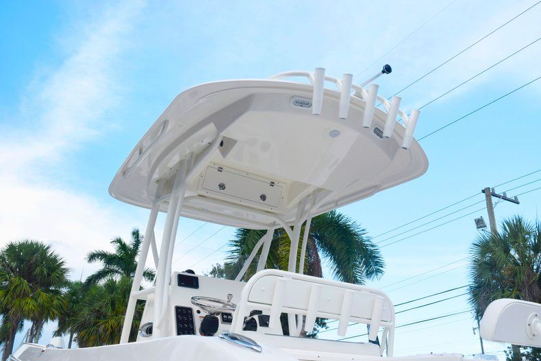 Thumbnail 69 for New 2020 Cobia 237 CC Center Console boat for sale in Fort Lauderdale, FL
