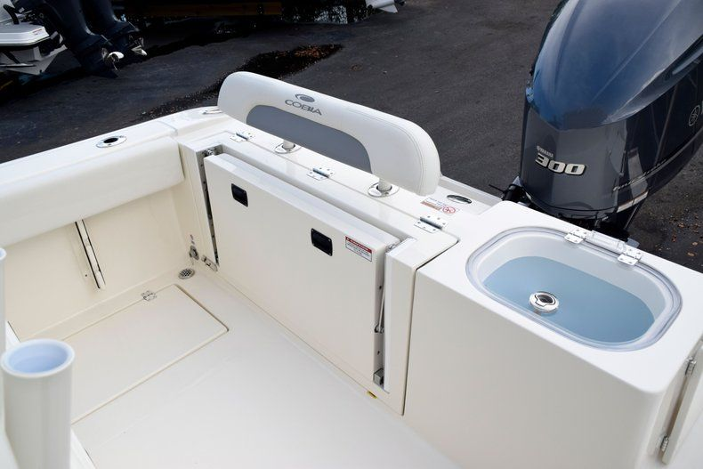 Thumbnail 12 for New 2020 Cobia 237 CC Center Console boat for sale in Fort Lauderdale, FL