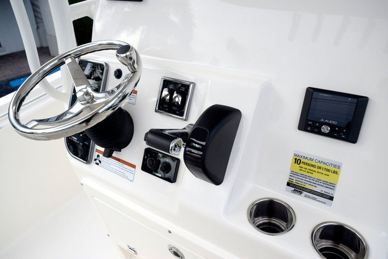 Thumbnail 37 for New 2020 Cobia 237 CC Center Console boat for sale in Fort Lauderdale, FL