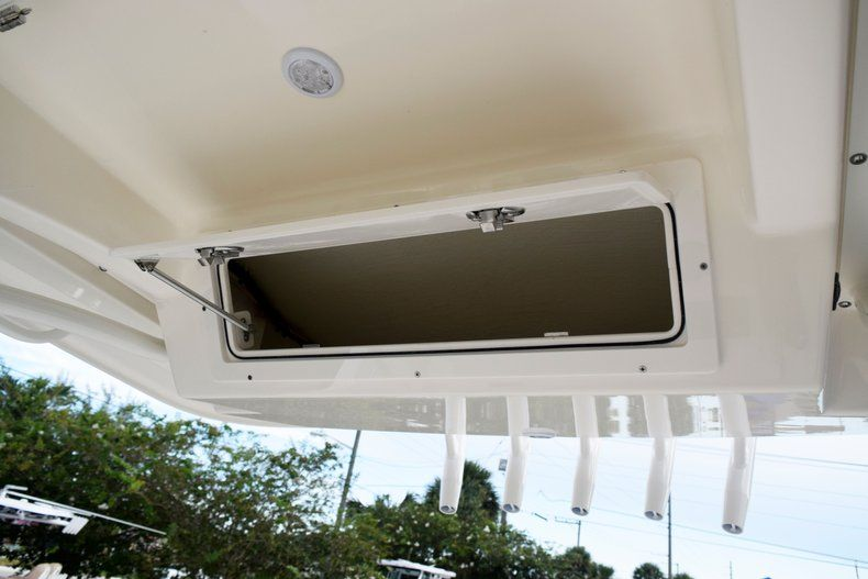 Thumbnail 47 for New 2020 Cobia 237 CC Center Console boat for sale in Fort Lauderdale, FL