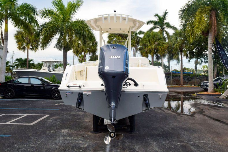 Thumbnail 6 for New 2020 Cobia 237 CC Center Console boat for sale in Fort Lauderdale, FL