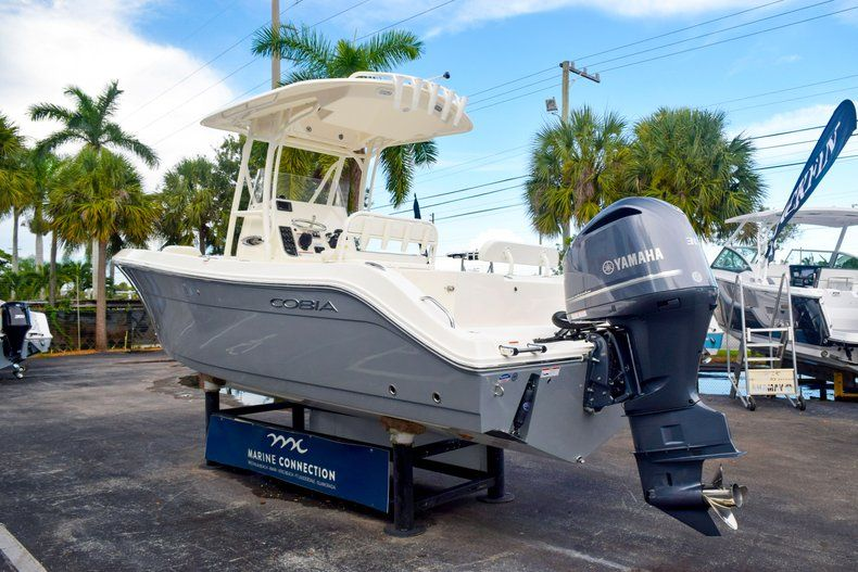 Thumbnail 5 for New 2020 Cobia 237 CC Center Console boat for sale in Fort Lauderdale, FL