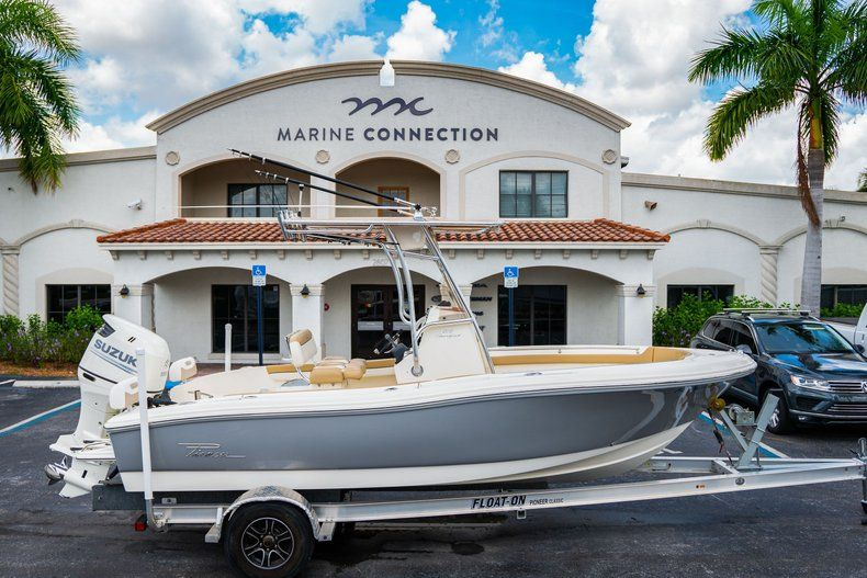 Used 2017 Pioneer 202 boat for sale in West Palm Beach, FL