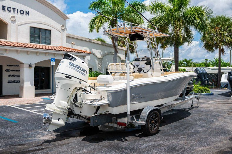 Thumbnail 7 for Used 2017 Pioneer 202 boat for sale in West Palm Beach, FL
