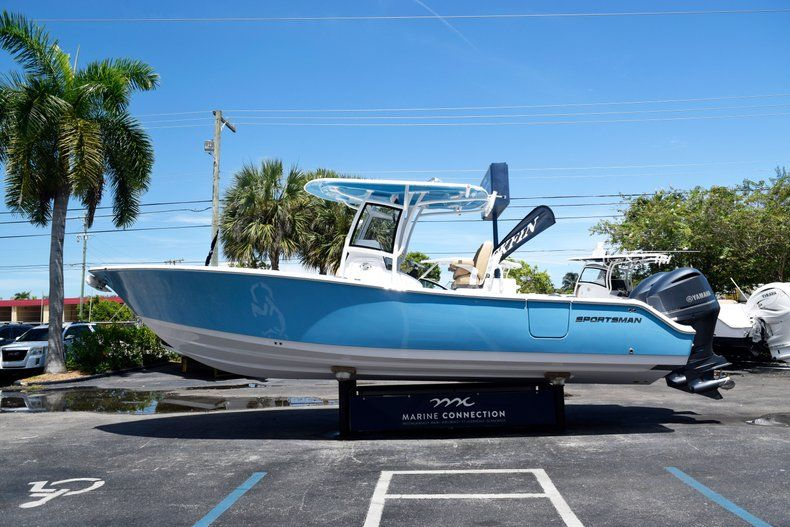 Thumbnail 4 for New 2020 Sportsman Open 282 Center Console boat for sale in Vero Beach, FL