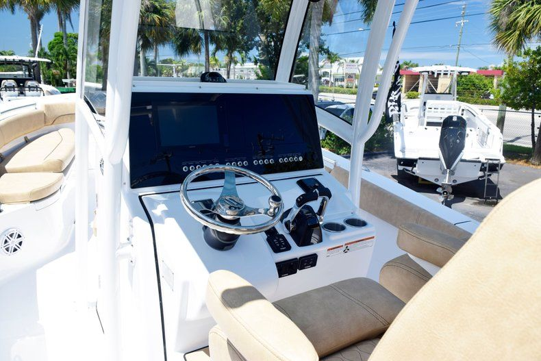 Thumbnail 27 for New 2020 Sportsman Open 282 Center Console boat for sale in Vero Beach, FL