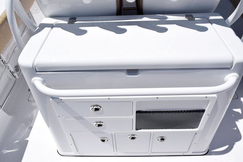 Thumbnail 21 for New 2020 Sportsman Open 282 Center Console boat for sale in Vero Beach, FL