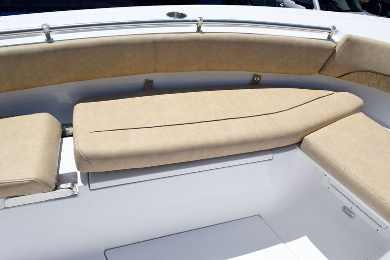 Thumbnail 75 for New 2020 Sportsman Open 282 Center Console boat for sale in Vero Beach, FL