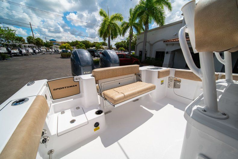 Image 15 for 2020 Sportsman Open 252 Center Console in Vero Beach, FL