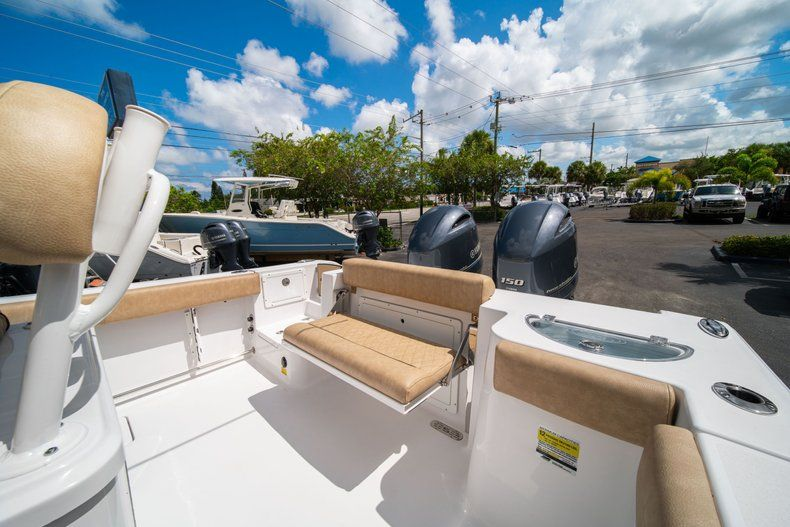Image 10 for 2020 Sportsman Open 252 Center Console in Vero Beach, FL