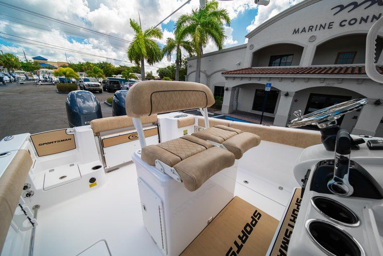 Image 27 for 2020 Sportsman Open 252 Center Console in Vero Beach, FL