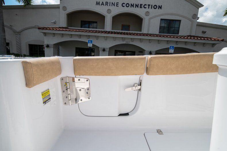 Image 13 for 2020 Sportsman Open 252 Center Console in Vero Beach, FL