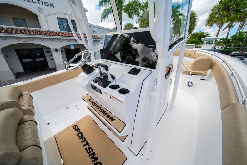 Image 31 for 2020 Sportsman Open 252 Center Console in Vero Beach, FL
