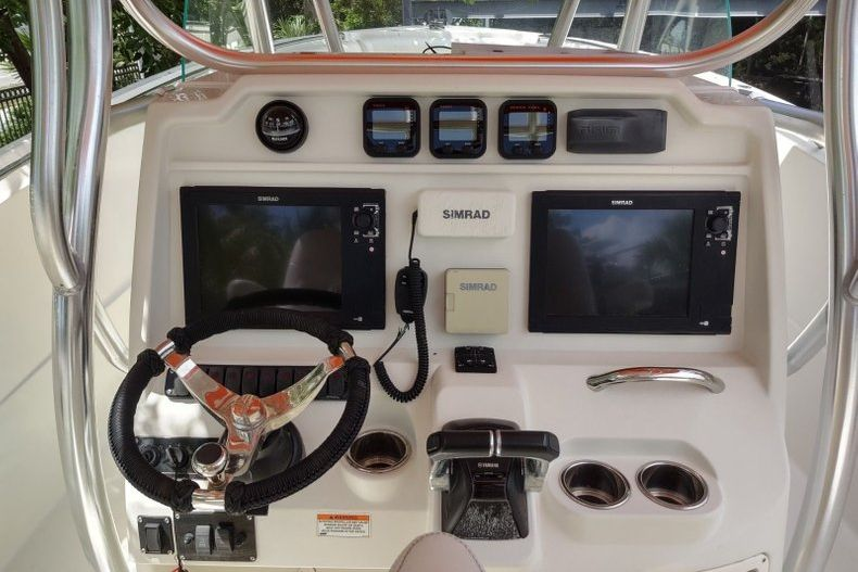 Thumbnail 4 for Used 2012 Sailfish 3180 CC boat for sale in Islamorada, FL