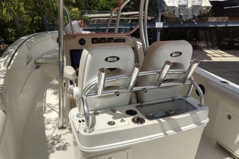 Thumbnail 3 for Used 2012 Sailfish 3180 CC boat for sale in Islamorada, FL