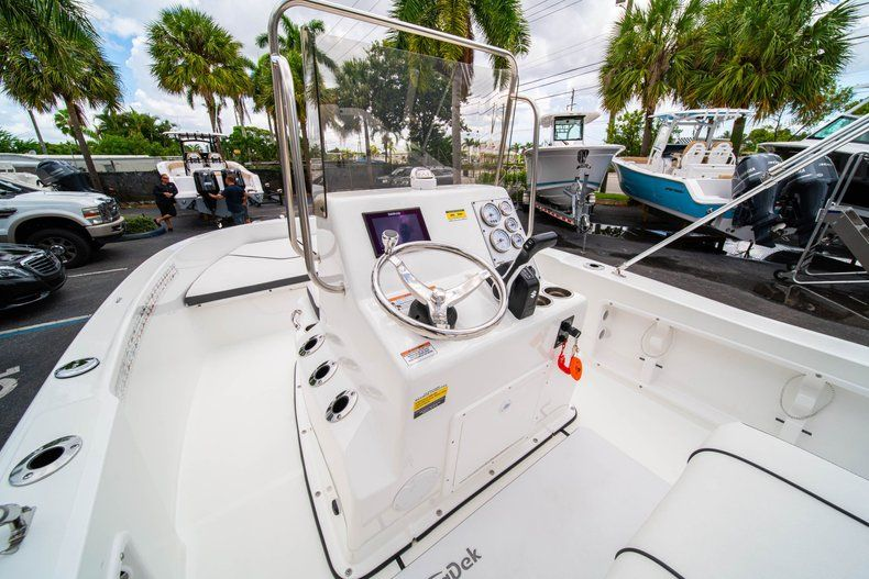 Thumbnail 20 for Used 2019 Clearwater 1900 CC boat for sale in West Palm Beach, FL