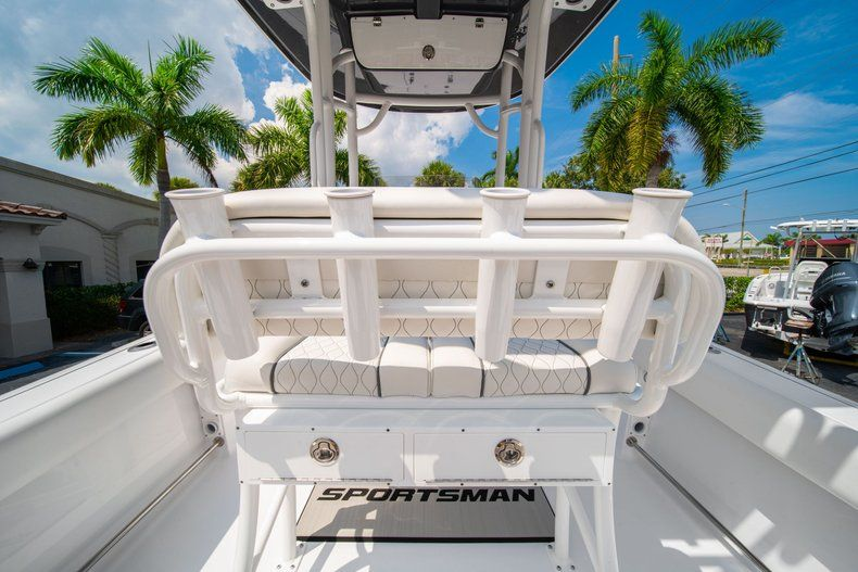 Thumbnail 13 for New 2020 Sportsman Heritage 211 Center Console boat for sale in Miami, FL