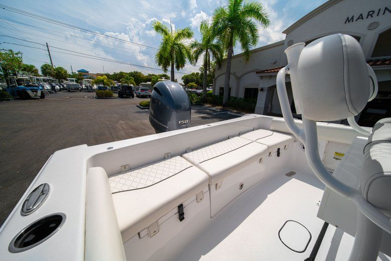 Thumbnail 9 for New 2020 Sportsman Heritage 211 Center Console boat for sale in Miami, FL