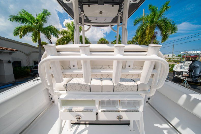 Thumbnail 14 for New 2020 Sportsman Heritage 211 Center Console boat for sale in Miami, FL