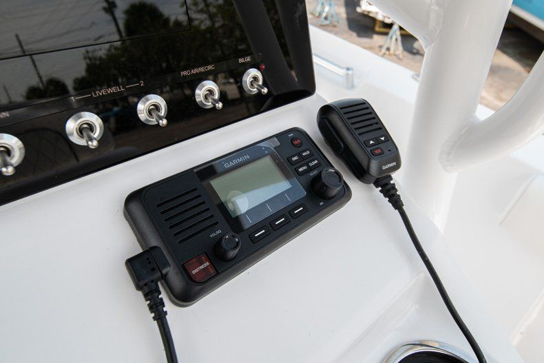 Thumbnail 19 for New 2020 Sportsman Heritage 211 Center Console boat for sale in Miami, FL