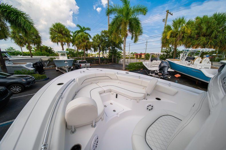 Thumbnail 33 for New 2020 Sportsman Heritage 211 Center Console boat for sale in Miami, FL
