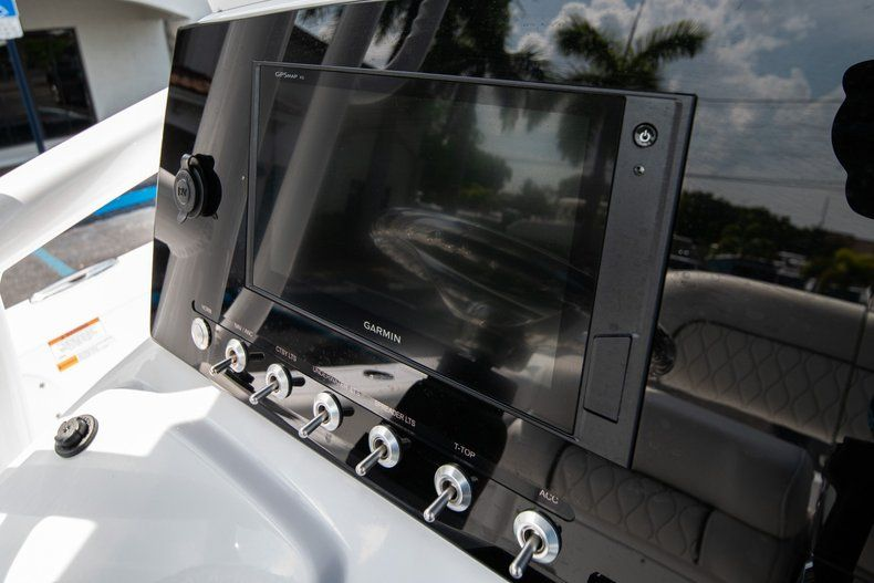 Thumbnail 21 for New 2020 Sportsman Heritage 211 Center Console boat for sale in Miami, FL