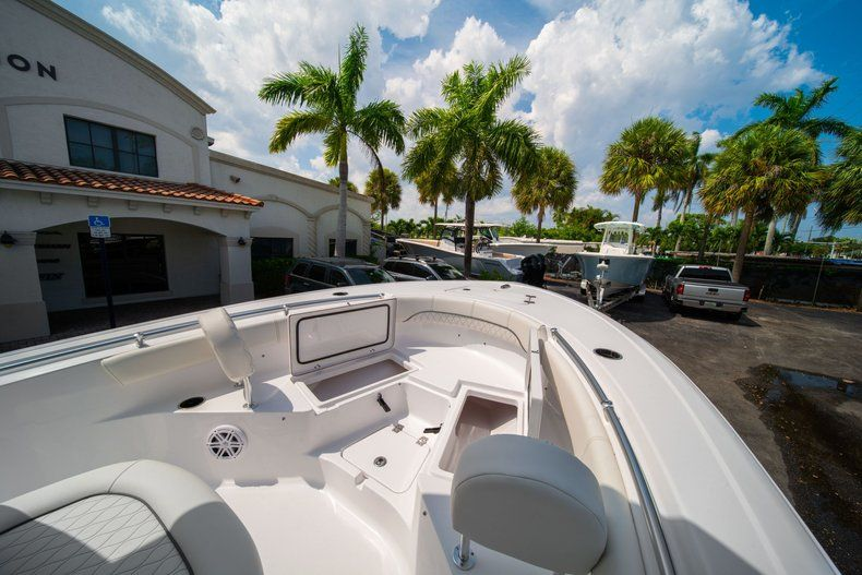Thumbnail 32 for New 2020 Sportsman Heritage 211 Center Console boat for sale in Miami, FL
