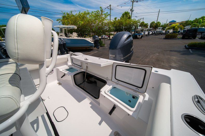 Thumbnail 12 for New 2020 Sportsman Heritage 211 Center Console boat for sale in Miami, FL