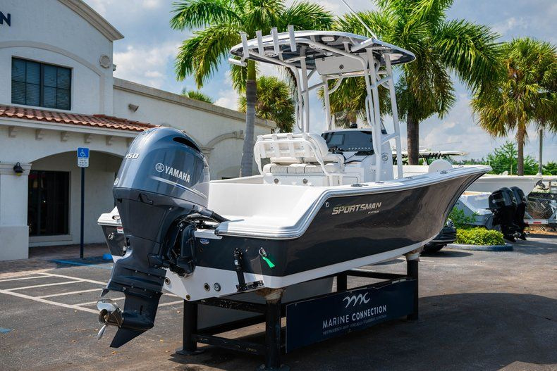 Thumbnail 7 for New 2020 Sportsman Heritage 211 Center Console boat for sale in Miami, FL
