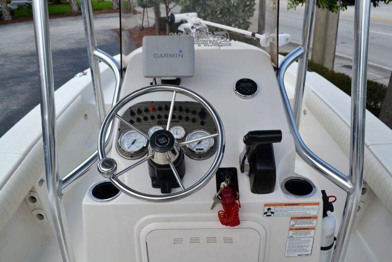 Thumbnail 10 for Used 2016 Carolina Skiff 21 SEA SKIFF boat for sale in Vero Beach, FL