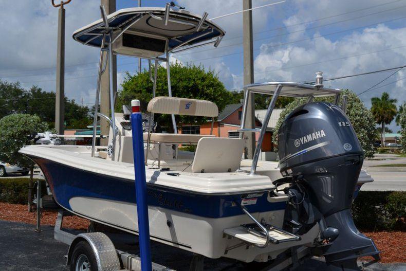 Thumbnail 3 for Used 2016 Carolina Skiff 21 SEA SKIFF boat for sale in Vero Beach, FL