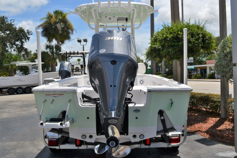 Thumbnail 3 for New 2020 Sportsman Masters 247 Bay Boat boat for sale in Fort Lauderdale, FL