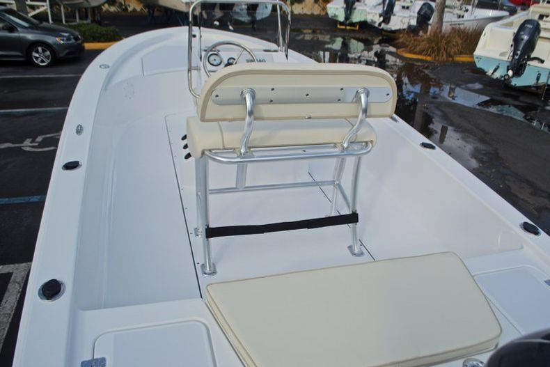 Thumbnail 8 for New 2017 Sportsman 20 Island Bay boat for sale in Miami, FL