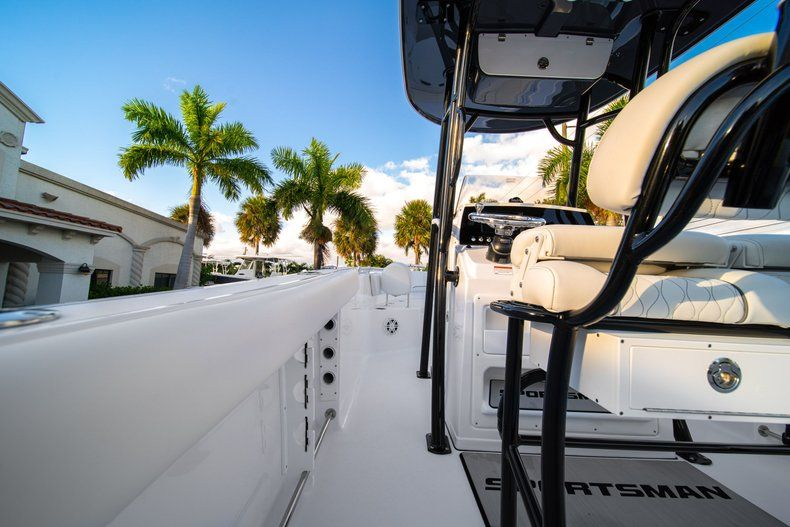 Thumbnail 23 for New 2020 Sportsman Open 232 Center Console boat for sale in West Palm Beach, FL